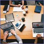 Bantuan Jasa Penulis Laporan Tahunan bagi Perusahaan Anda