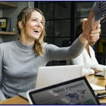 Penulis Profil Perusahaan dalam Menghidupkan Profil Perusahaan